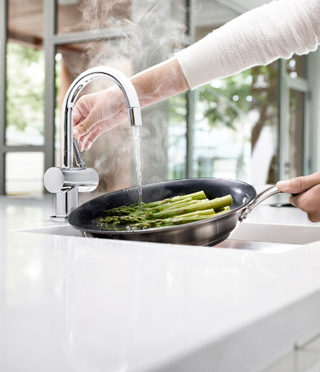 HC3300 Steaming Hot and Ambient Water Tap